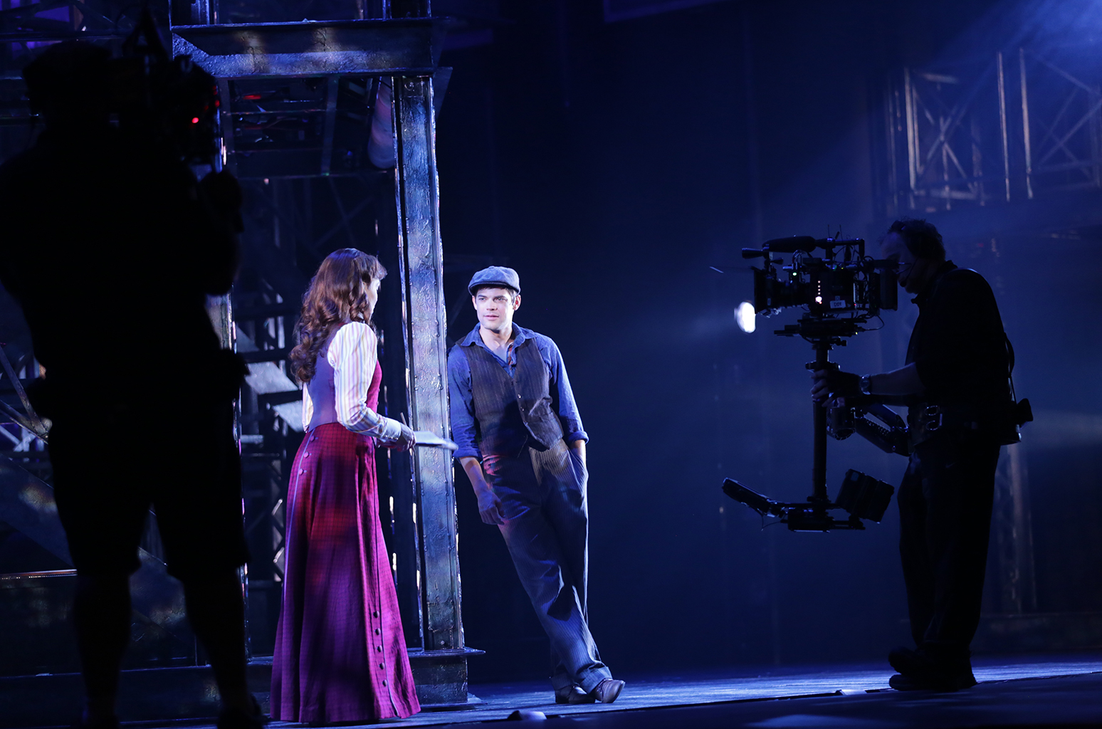 'Smash' & 'Supergirl' Star Jeremy Jordan Talks His Return to 'Newsies' -- On the Big Screen