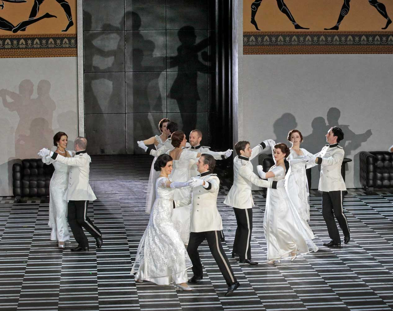 A scene from Strauss's Der Rosenkavalier. Photo by Ken Howard/Metropolitan Opera.
