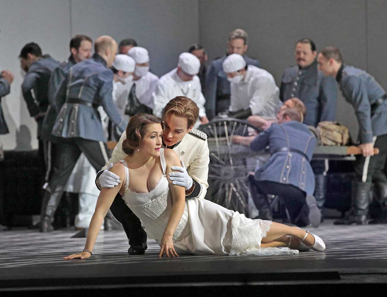 Erin Morley as Sophie and Elina Garanca as Octavian in Strauss's Der Rosenkavalier. Photo by Ken Howard/Metropolitan Opera.
