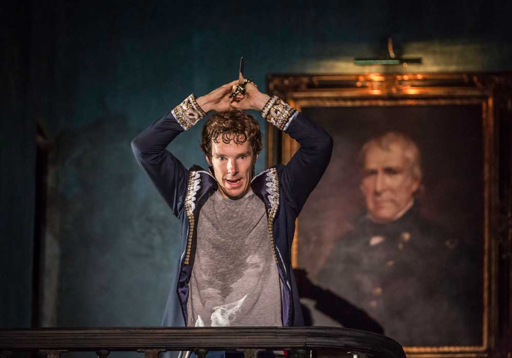 Benedict Cumberbatch (Hamlet) in Hamlet