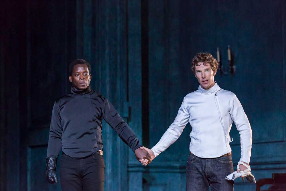 Kobna Holdbrook-Smith (Laertes) and Benedict Cumberbatch (Hamlet) in Hamlet