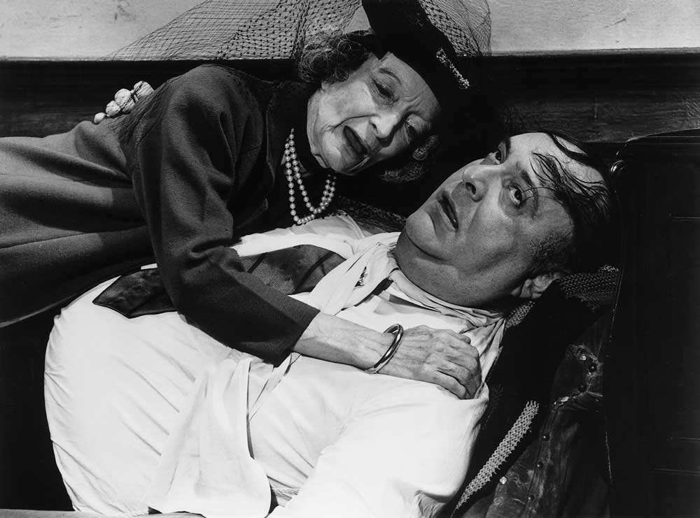 Estelle Winwood and Zero Mostel in Mel Brooks' THE PRODUCERS (1968). Courtesy: Rialto Pictures/Studiocanal