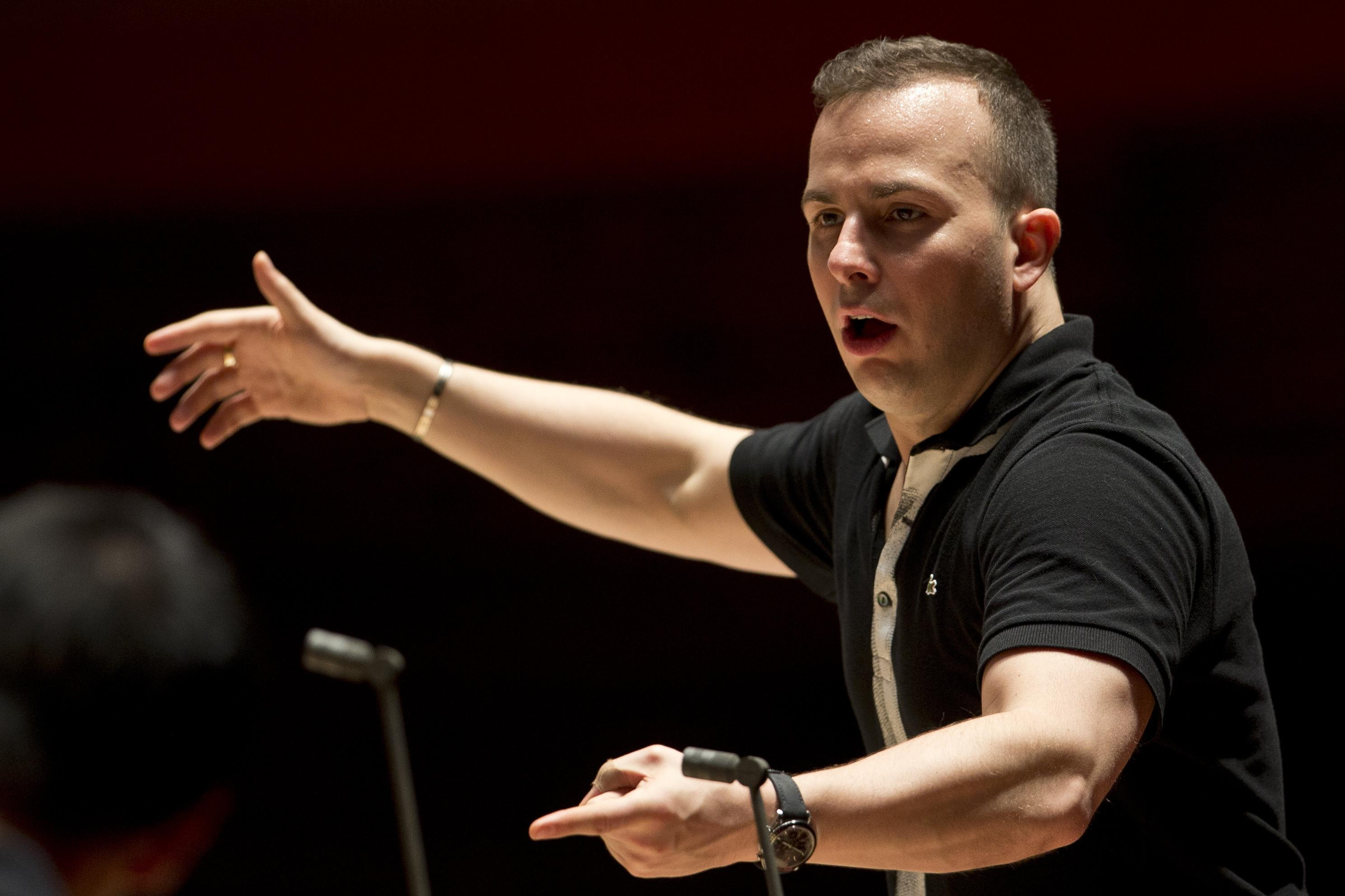 Born to Conduct: Film charts Met music director's ascent