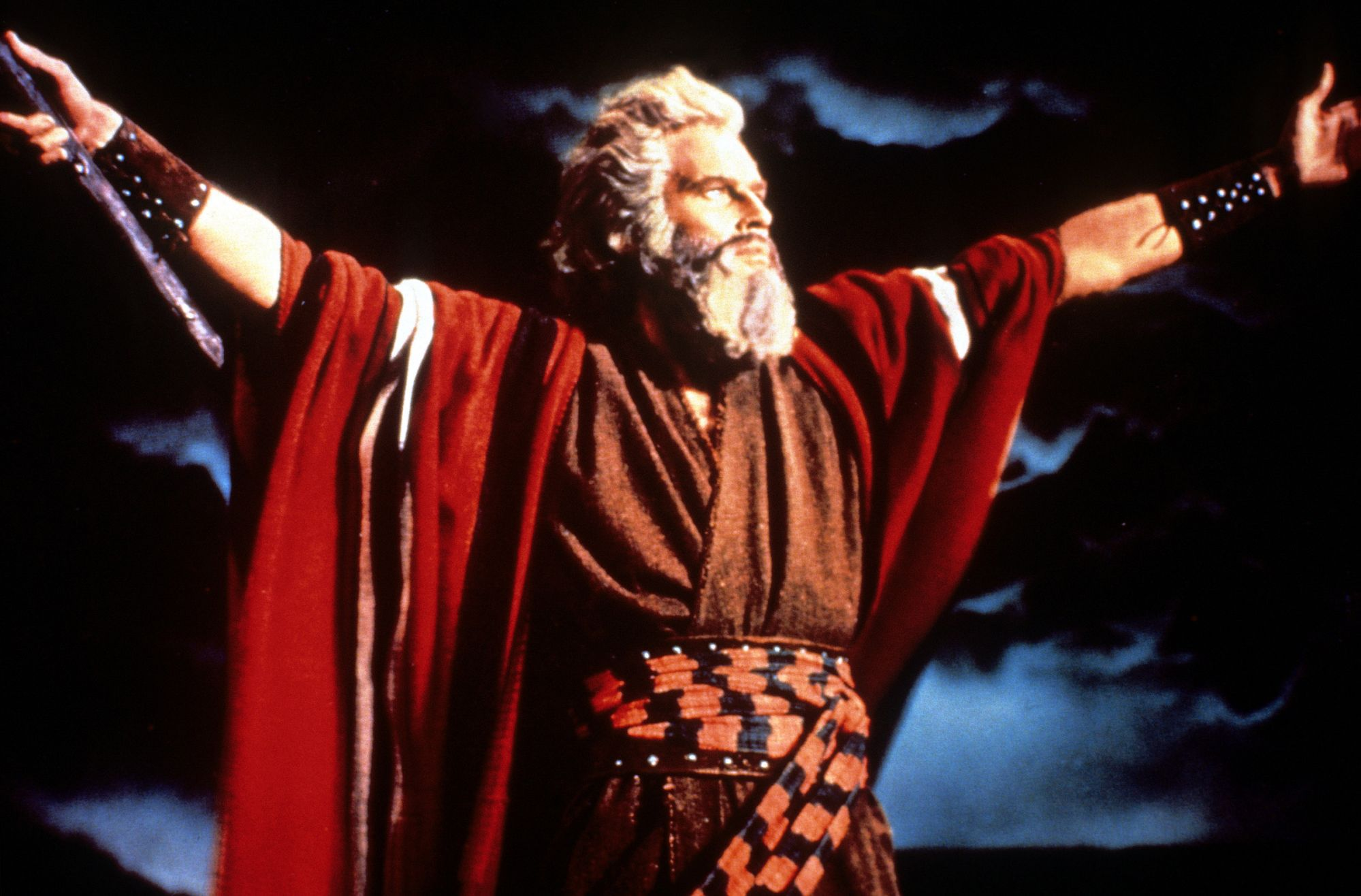 Charlton Heston's son discusses 'The Ten Commandments' and his father's controversial support of the NRA