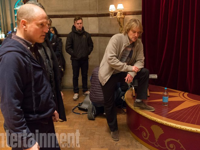 See Owen Wilson, Woody Harrelson in 'Lost in London' photos