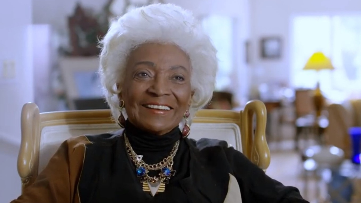 Nichelle Nichols Talks Meeting MLK in WOMAN IN MOTION Clip - Nerdist